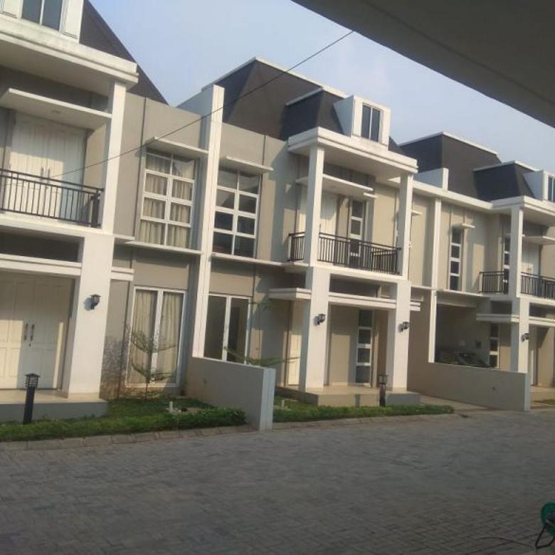 TOWN HOUSE DI SAMPING PINTU TOLL ANDARA JAKARTA SELATAN