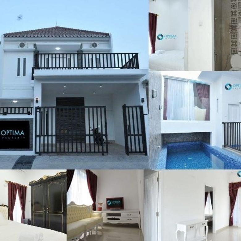 Rumah  + Kolam Renang di Jl Damai dekat Palagan, Lempongsari,