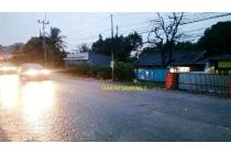 Dijual Tanah Ada Rumah Tuanya di Jalan Raya Gunung Putri Bogor