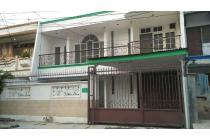 Rumah Rapi di Muara Karang