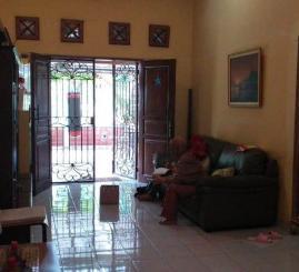 Dijual Rumah Include Kontrakan Dikawasan Graha Raya