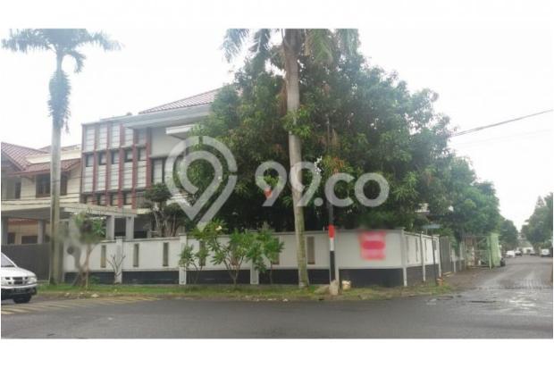 Rumah Duta Garden di Tangerang, Ada Swimming Pool 6742818