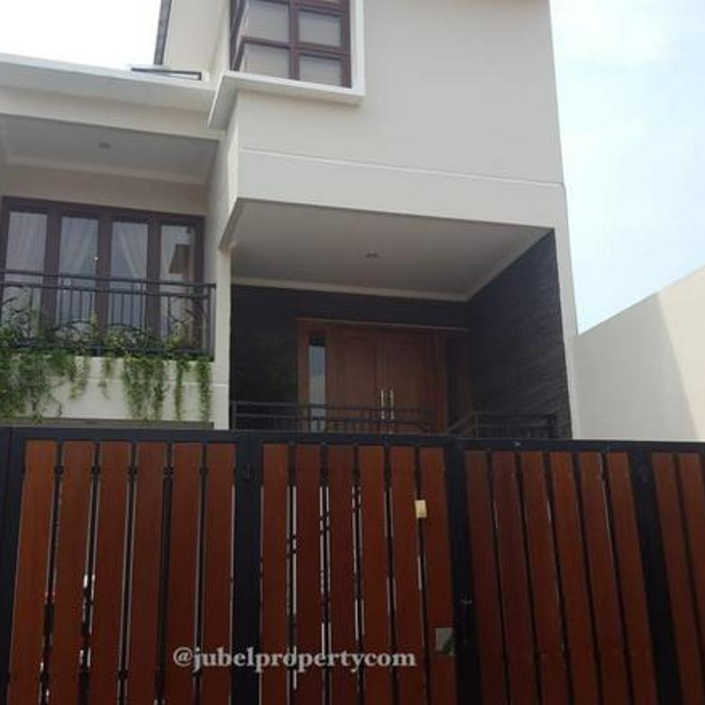 Rumah Pool Semi Furnished di Cilandak Citos Jakarta Selatan