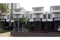 Apartment / townhouse Cosmo Park Thamrin city 3BR full furnish (diatas mal)