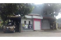 Murah ! Rumah Besar 2 Lantai Untuk Tempat Tinggal dan Usaha di Pamulang