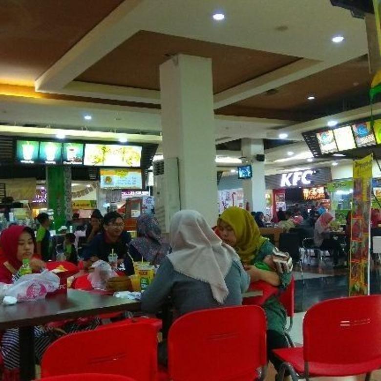 disewakan : stand cito mall,( food court), surabaya.hub : 085104668881(wa).