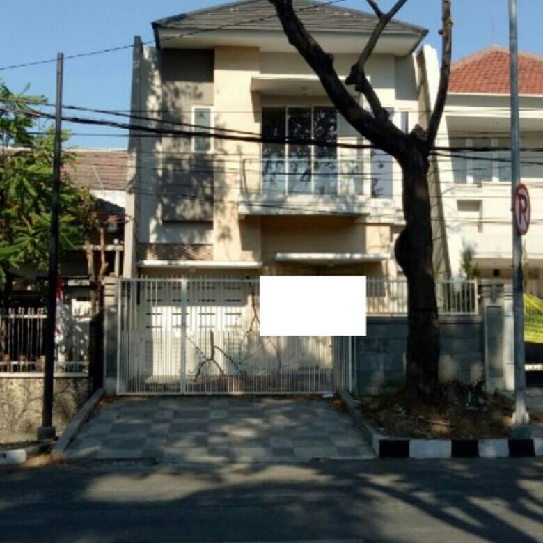Dijual Rumah Murah Strategis di Jalan Untung Suropati, Tegalsari, Surabaya