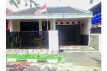 Rumah Komplek Bumi Sariwangi Raya, Lokasi Strategis pintu Utama.
