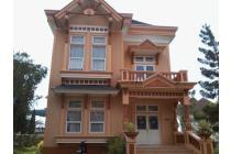 sewa villa kota bunga puncak  murah disewakan villa type seruni
