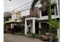 Rumah Bagus Furnished Dalam Townhouse Dekat Toll @ Lebak Bulus
