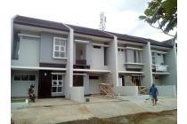 Cisaranten Endah,  4 unit rumah Baru