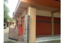 5 menit dari Tol Lokasi Pinggir Jalan Raya Di Kota Probolinggo