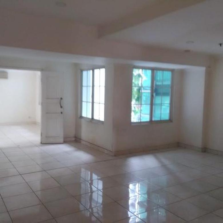 Gading Resort Residences 125M² Semi Unfurnished (Ac,Kitchen) 3+1 BR