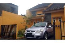 Disewakan Rumah Bebas Banjir, Strategis 100 m ke Jl. Raya Kopo Sayati