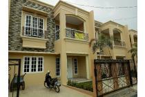 Dijual Rumah Mediterania Modern 2 Lt. di Kebagusan