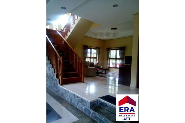 Villa Di Megamendung Puncak Bogor 5410192