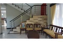 For rent rumah lantai 2 pendidikan sidekarya denpasar # suwung renon panjer