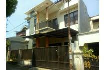Rumah mewah dijual murah di Sukmajaya Depok Strategis dekat stasiun dan tol