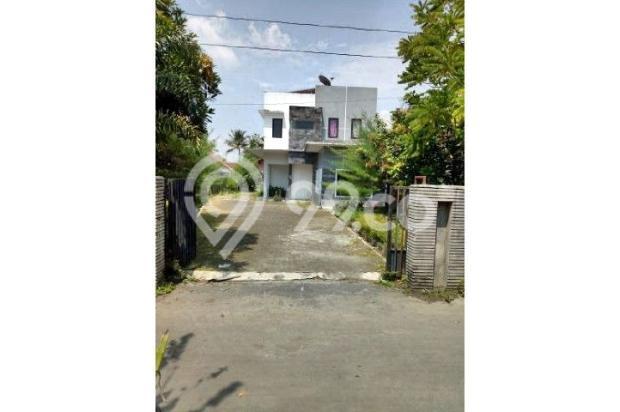 Jual BU Harga dibawah Pasar,, LT 929 m2 + 3 Unit Rumah dekat Kampus UGM,UII 12298983