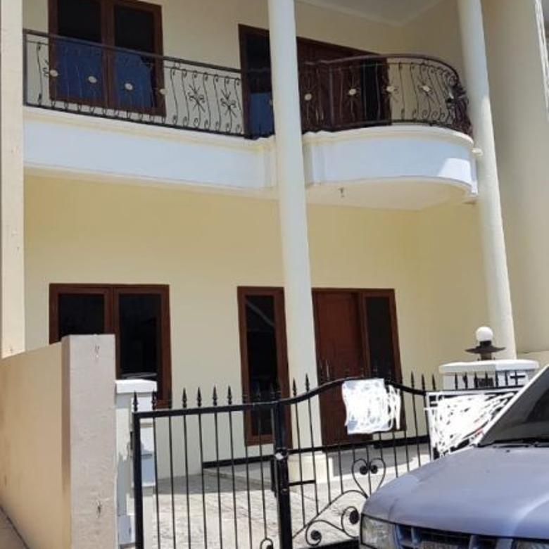 Disewakan Rumah Taman Mutiara di Pakuwon City Surabaya (EN22)