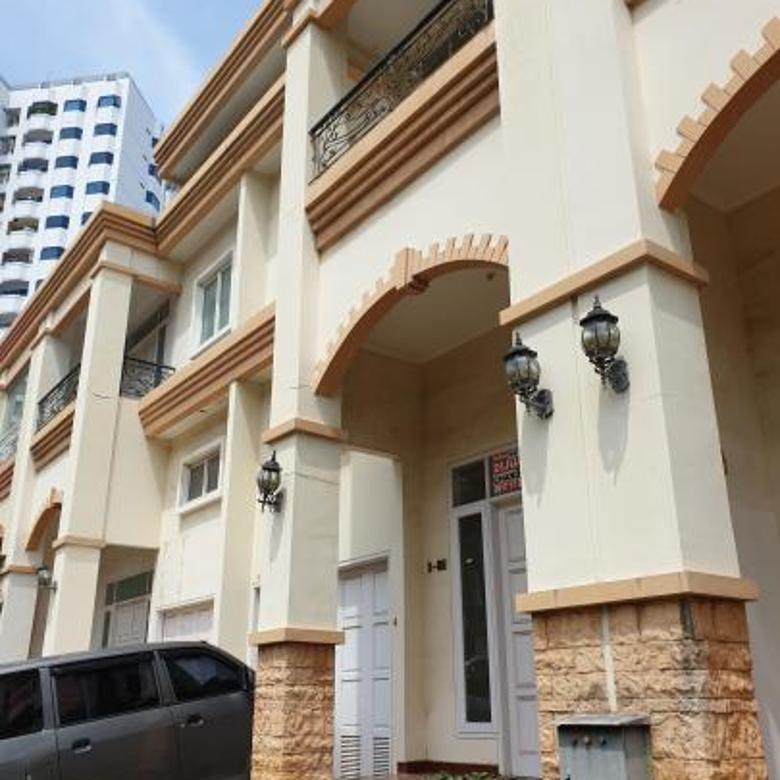 Rumah Pluit Mutiara Mediterania Residence uk 7x18,5m2 Brand New