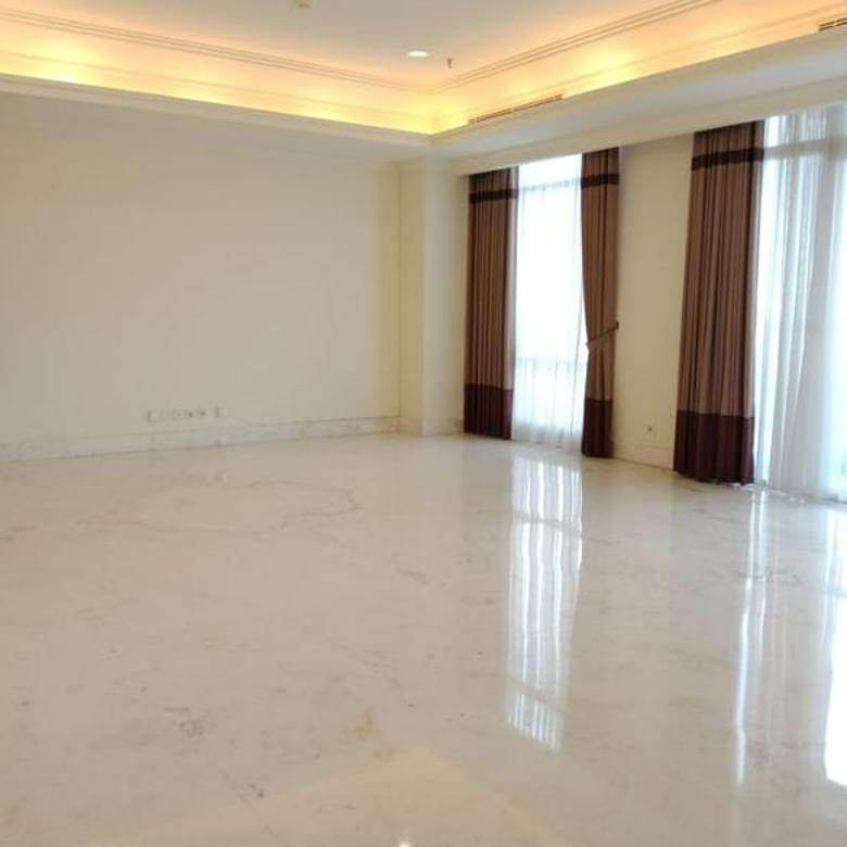 Nice and Cozy 3BR Apartment with Strategic Location @ Botanica Apartment