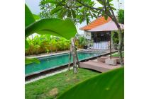 Villa just 15 minutes to Echo and Batu Bolong beach