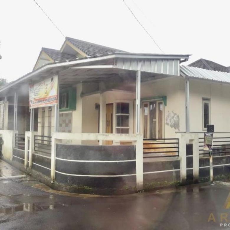 Dijual Rumah Hoek Cocok Utk Usaha di Permata Arcamanik Bandung