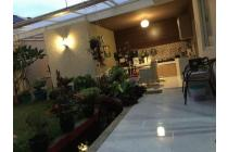 rumah cantik minimalis kota baru Parahyangan