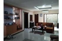 Rumah Dijual dalam komplek akses tol TB Simatupang