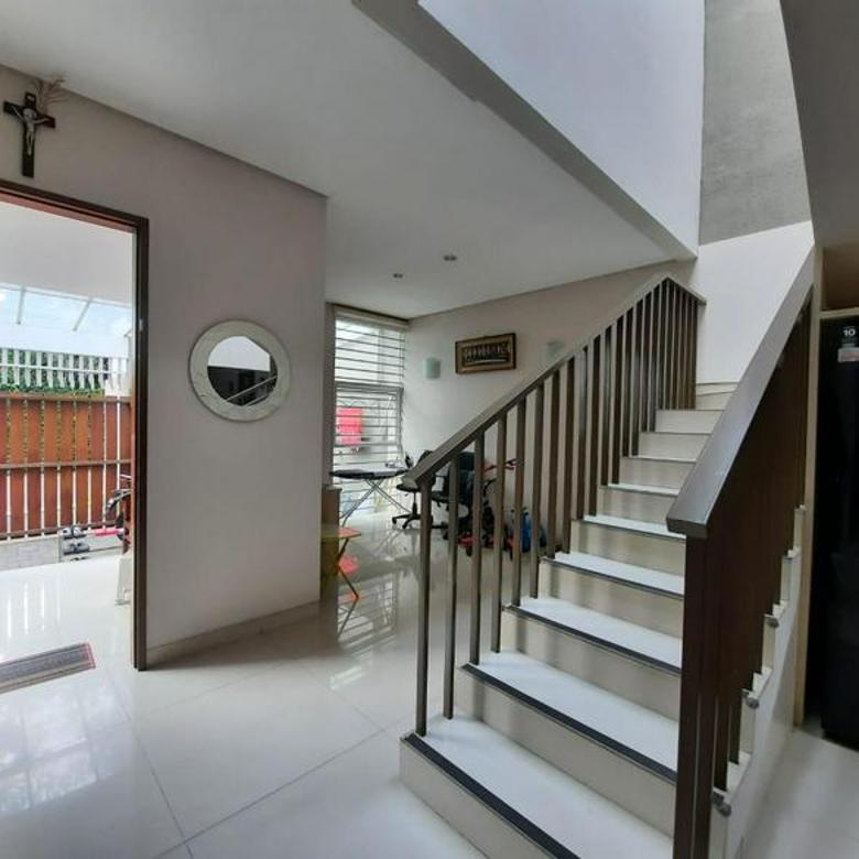 Rumah Minimalis dan Homie di Setraindah Bandung