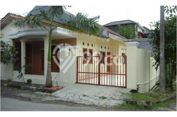 Rumah Nyaman , 3 Kamar Tidur Di Bulevar Hijau. 9587590