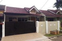 Rumah Siap Huni, Tanah luas 180m2 & Lokasi Strategis
