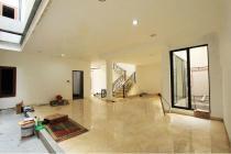 Dijual Rumah Lux Strategis di Kebayoran Baru Jakarta Selatan