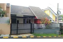 BU Dijual Rumah Cantik Lingkungan Tenang di Grand Serpong