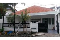 Dijual Rumah Strategis dan Nyaman di Darmo Baru Barat Surabaya
