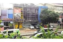 Ruko Komersial 3,5 lantai Jl. wijaya I Jakarta Selatan