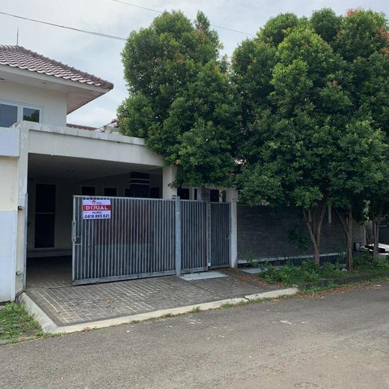 Rumah Tua Terawat DiTanjung Barat Indah Jakarta Selatan