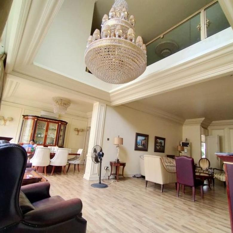 Townhouse Kemang Six Residence Luas 300