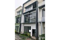 Rumah Komplek Platinum Garden (Jalan Brigjend Katamso) Medan
