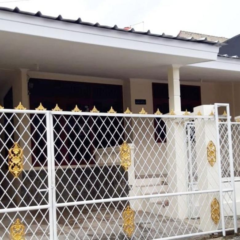 Rumah minimalis di Perumahan Surya Praja Permai Cibinong