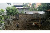 Tanah untuk aktivitas penyimpanan gudang atau parkir kendaraan