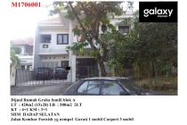 Dijual Rumah Graha Famili dekat Pakuwon