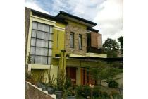 Rumah Cantik Nuansa Villa Cimahi Utara Dekat Lembang