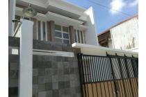 Rumah Modern Minimalist Siap Huni di Tengah Kota Solo