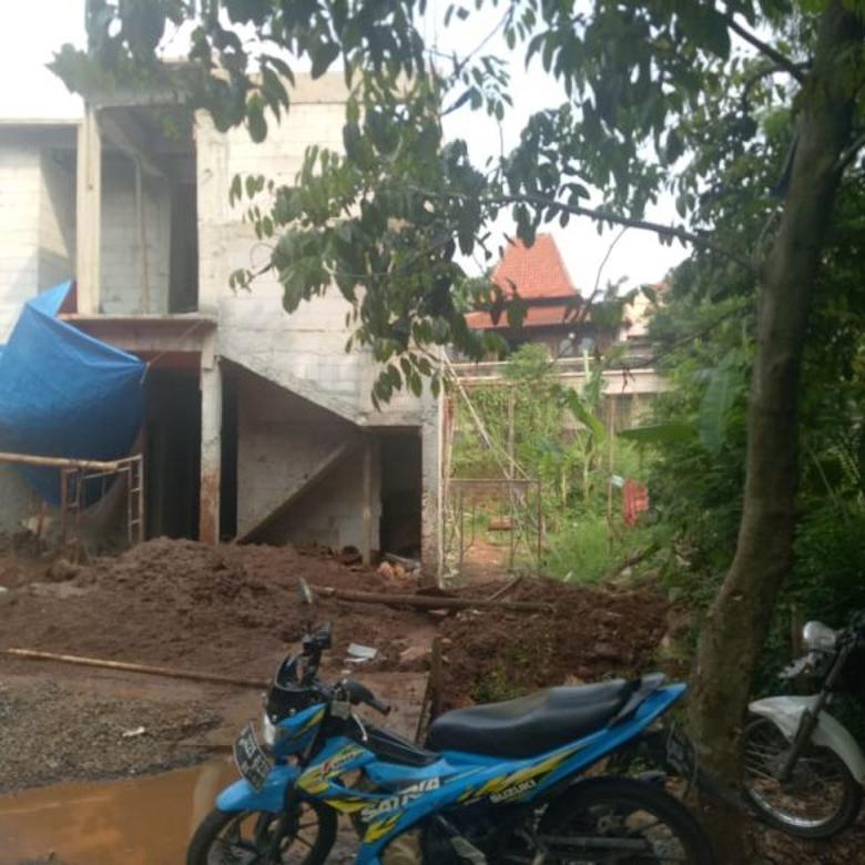 Tanah 686M2, ada bangunan bergaya villa, Gunung Raya, Cirendeu