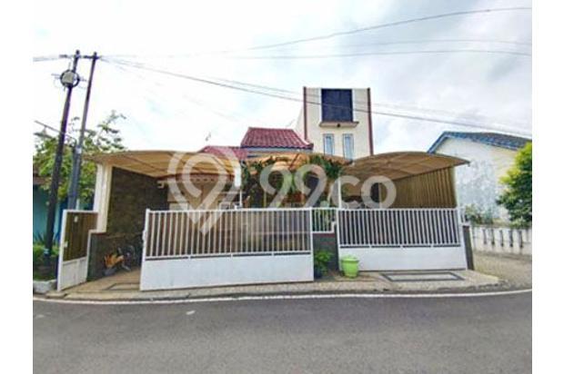 Rumah di Suhat kota Malang 16048076