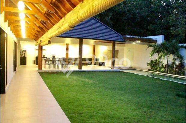 Dijual Villa Luxury Nyaman Siap Huni di Jalan Goa Gong Jimbaran Kuta Badung 13245335