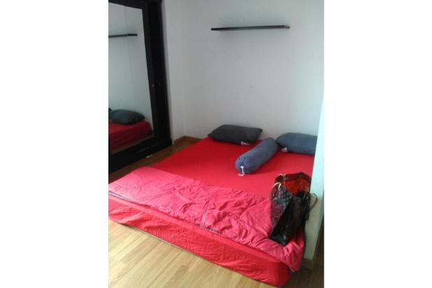 Bed and Wardrobe 14846104
