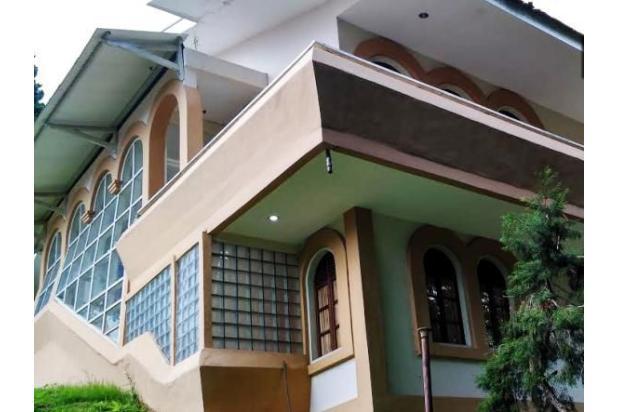 villa cocok untuk restaurant hotel lt 2000m jalan raya cimacan-puncak